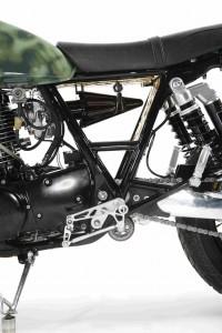 PIG7 Yamaha SR 600 Custom 010