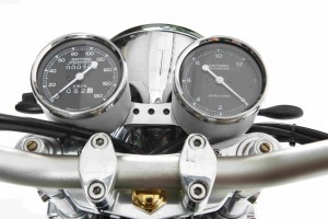 PIG7 Yamaha SR 600 Custom 012
