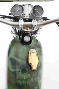 PIG7 Yamaha SR 600 Custom 014