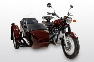 ural-retro-burgund-metallic-2